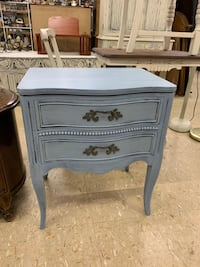 Gray Drexel End Side Table Night Stand Centralia, 98531