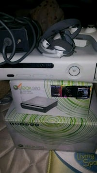 white Xbox 360 console with controller Bell Gardens, 90201