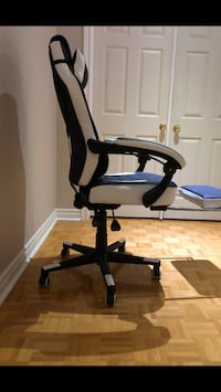 Black & White gaming chair  Vaughan, L4H 1N7