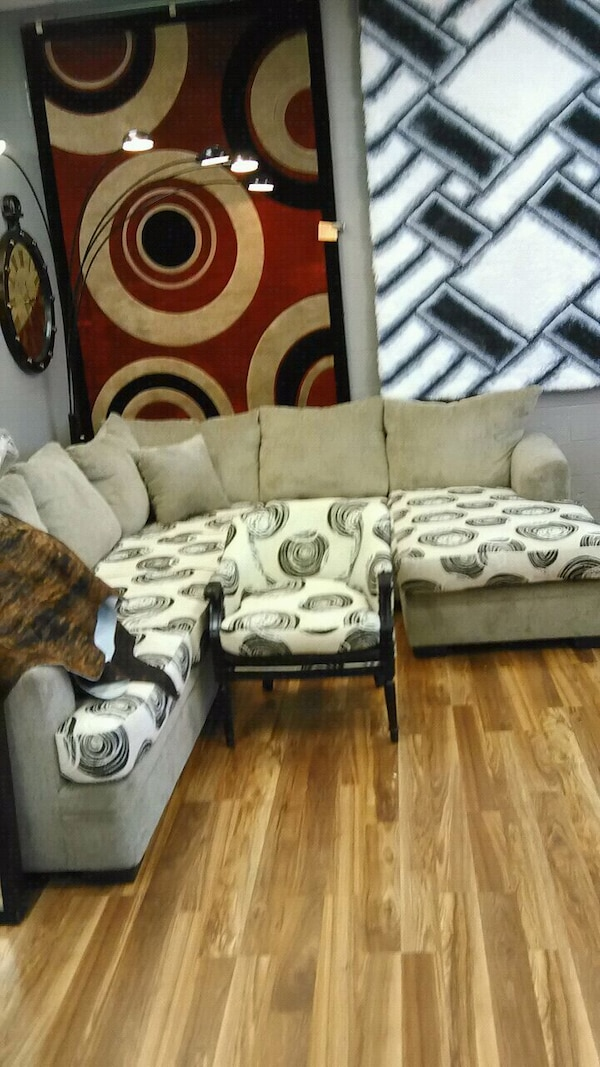 Pleasant Creme Nice Sectional Couch Ibusinesslaw Wood Chair Design Ideas Ibusinesslaworg