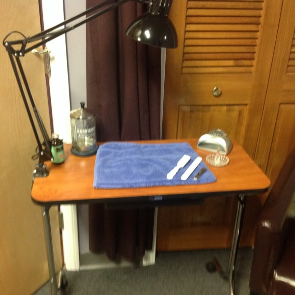 Manicure Table For Sale >> Used Manicure Table Pedicure Set For Sale In Guilford Letgo
