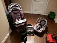 Baby Trend Stroller and Car seat combo. 616 km