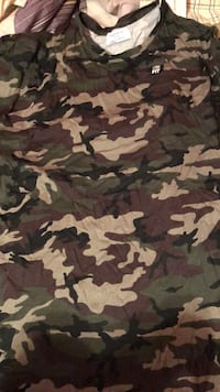 Black and brown camouflage crew neck shirt