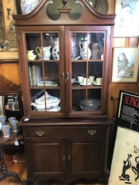 China Hutch Brookeville, 20833