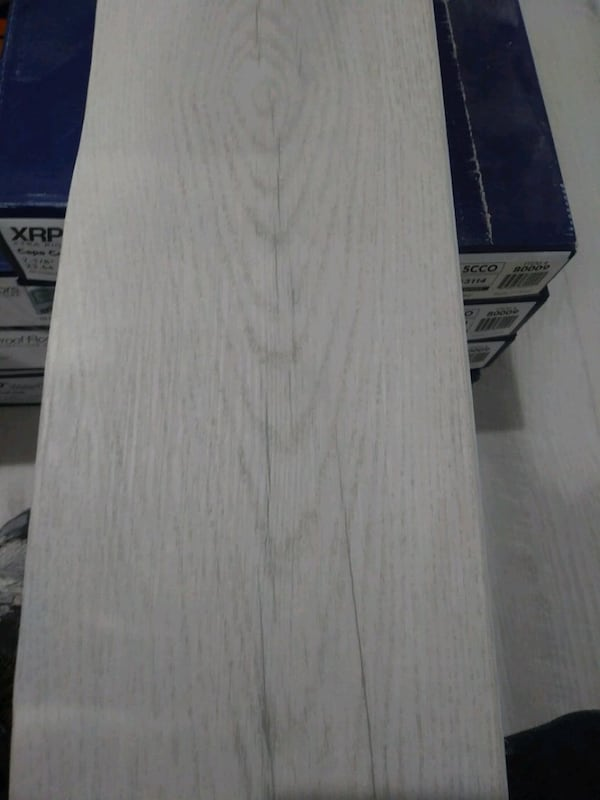 vinyl floor for sale 350 sq ft  d665857f-5ae5-4cdc-9005-185357b08f8a