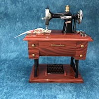 Retro Mechanical Windup Jewelry Music Box Sewing M TORONTO
