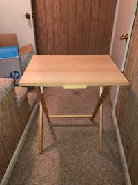 Foldable table  Montgomery Village, 20886