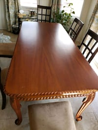 Dining table for sale  Richmond Hill