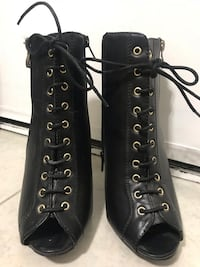 Black and Gold Booties Perris, 92571