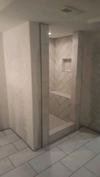 I do tile work for bathrooms and kitchens Milwaukee