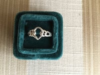 BRAND NEW GORGEOUS SILVER RING SIZE 7.5 PERFECT GIFT Montréal, H9K 1S7