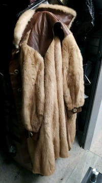 brown and white fur coat Marlow Heights, 20748