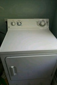 white front-load clothes washer 469 mi