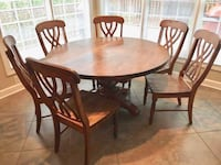 Dining Room Table and Chairs Apex, 27502