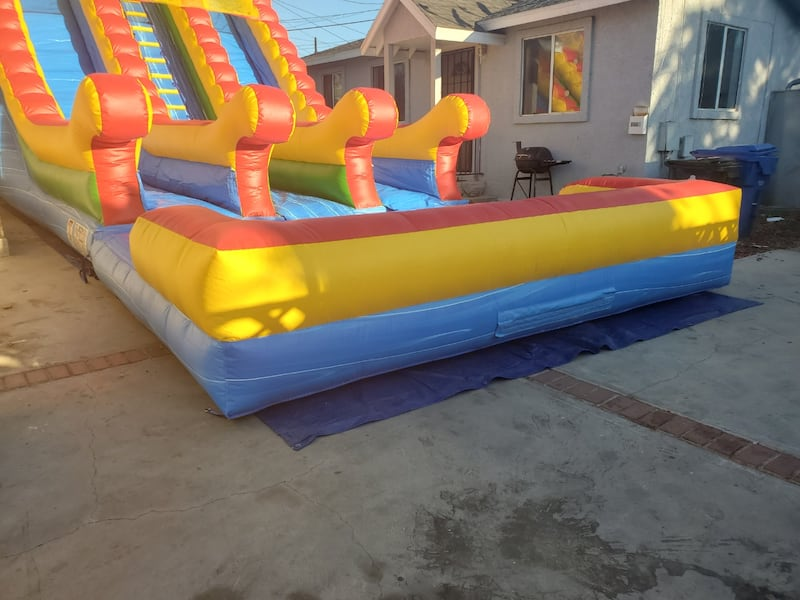 Water slide  20h x40Lx18W rent   1