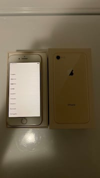 iPhone 8 - Gold 64 GB (Rogers)