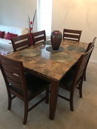 Rectangular brown wooden table with six chairs dining set Toronto, M1T 3L5