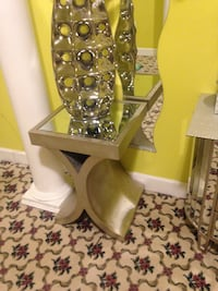 Two mirrored table end  Ellicott City, 21042