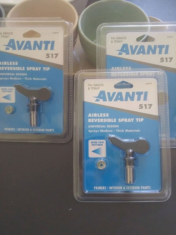 Used Avanti reversible airless sprayer tips 517 for sale in