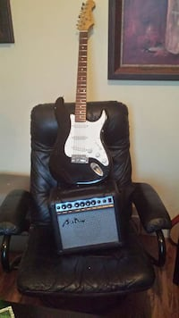 Electric  guitar and amp both in good condition Sarnia, N7T 2T2