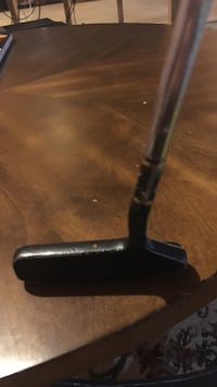 black golf club