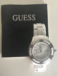 GC watch from Guess ceremic 99% New 溫哥華, V5R 5E3