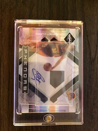 Stephen Curry Autographed RC Card