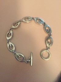 silver-colored charm bracelet Whitby, L1N 2J2