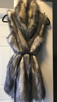 Brown and black fur coat 543 km