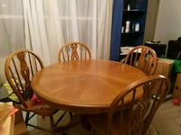 Table and 4 chairs DeBary, 32713