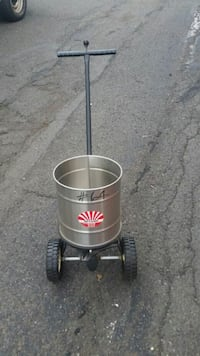 Lawn rotary spreader stainless steel