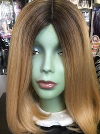 women's brown and black wig