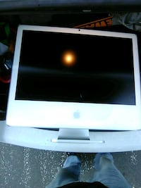 Imac desktop included with wireless keyboard/mouse Odenton, 21113