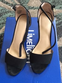 shoes size 7 1/2 W Norwich, 06360