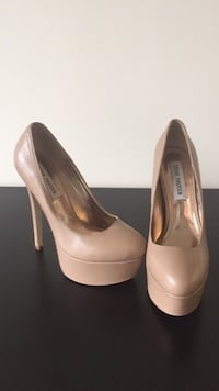 Nude size 7 Steve Madden high heels/ pumps stillettos Arlington, 22202