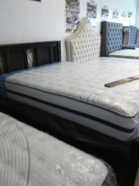 white and black bed mattress Los Angeles, 90047