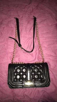 BCBG Paris leather purse with gold chain and adjustment strap Anniston, 36207