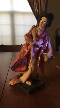 Asian Geisha woman in traditional dress Derry, 17036