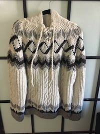 Large Knitted Sweater Winnipeg, R3C 0N9