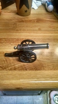 VINTAGE CANNON LIGHTER Thurmont, 21788