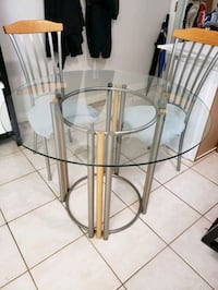 Metal/Wood/Glass Dining Table w/ 2 Chairs & Tops Vancouver, V5N 1H7
