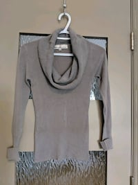 Grey scoop neck sweater size small like new Calgary, T2E 0B4
