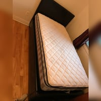 Luxurious bed with support  Montréal, H1Z