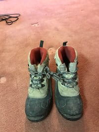 CSA approved work boots size 9