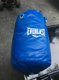 Small punching bags Barrie, L4N 5G6