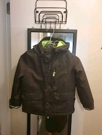 Boys warm winter jacket, 4-5 years North Vancouver, V7P 1S8