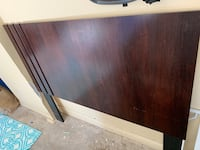 Queen-size headboard in good condition Tampa, 33615