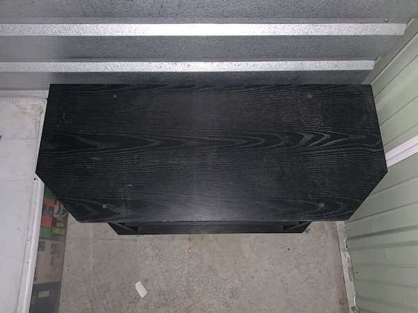 Tv Stand 4917bafd-f5a5-4908-9c66-031d7db6167a