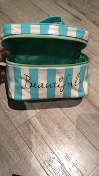 Make up bag  Brampton, L6T 1K4