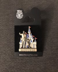 New Pin Disneyland Walt Disney and Mickey Mouse statues gold and pewter Gilbert, 85233